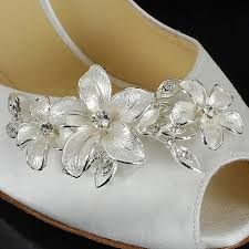Decorate Shoes Go For The Bling With Your Wedding Shoes