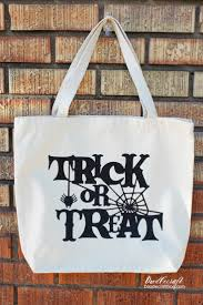 halloween treat bag craft doodlecraft trick or treat halloween loot bag