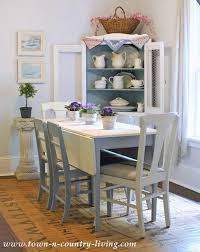 Summer Decorating In A Farmhouse Dining Room Summer Decorating - Dining room table decorations for summer