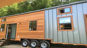 Small Home Design Ideas by Mobile Tiny Home Powered By A Roof Based Solar Panel Small House