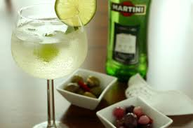 extra dry martini aperitivo time martini spritz passion and cooking