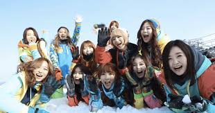 dal shabet and minx celebrate by