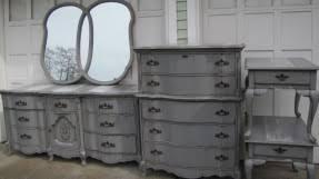 vintage bassett furniture hollywood thing