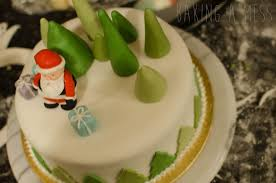 Christmas Cake Decorations With Royal Icing by Christmas Cake Decoration The Basics Baking A Mess
