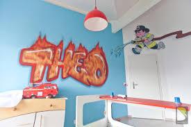 decoration chambre pompier chambre de thao en feu baro graffiti collection avec chambre enfant