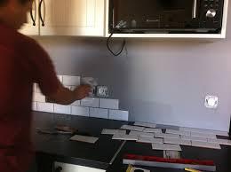 cuisine avec pose cuisine avec carrelage gris 6 pose du carrelage m233tro dans la