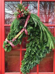 How To Make Wreaths Rantings Of A Horse Mom Holiday Wreath How To Make A Horse Head