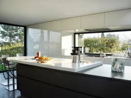 cuisine noir et blanc cuisine noir et blanc 10 réalisations inspirantes