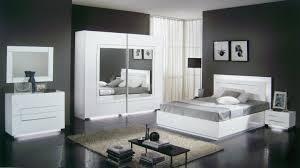 cuisine chambre laquã e blanc portes coulissantes chambres mobilier