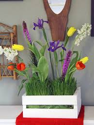 make a simple floral mother u0027s day centerpiece hgtv