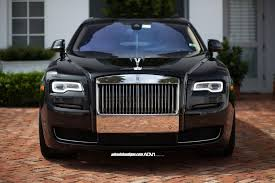 roll royce custom granite black wheels fit rolls royce ghost nicely