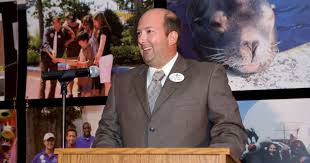 Six Flags Nj Directions Six Flags Great Adventure New President Turns Attention To Technology