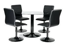 table ronde avec chaises table ronde et chaises table ronde laquace noir et 4 chaises simili