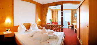 3 Star Hotel Bedroom Design 3 Star Hotel In Riscone At Plan De Corones Directly On The Slopes