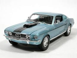 mustang gt model ford mustang gt diecast model car 1 18 scale die cast by maisto