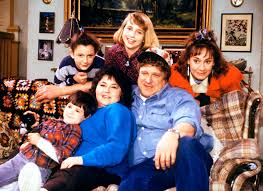 Roseanne U0027 Revival Is In Production First Cast Photo