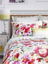 31 beautiful and romantic floral bedding sets interior designs