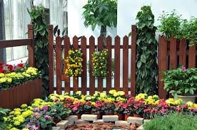 Decorative Outdoor Fencing 101 Fence Designs Styles And Ideas Backyard Fencing And More