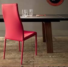 Esszimmer Grau Rot 6 Tipps Für Die Auswahl Der Richtigen Esszimmer Stühle Freshouse