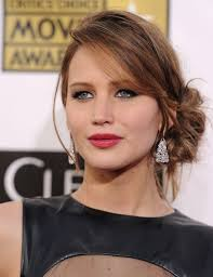 instructions for jennifer lawrece short haircut how to diy jennifer lawrence s sexy loose low bun it s easier than