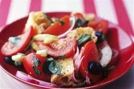 cuisine toscane panzanella salade au et à la tomate toscane italie
