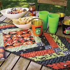 best 25 table runners ideas on quilted