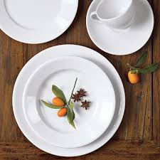 place settings apilco tradition porcelain dinnerware place settings williams sonoma