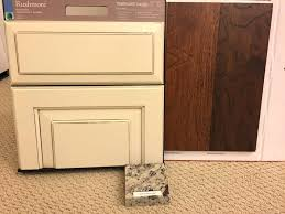 how to glaze kitchen cabinets glazed kitchen cabinets cabinets with painted hazelnut glaze in the