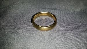 broadstreet wedding band runner loses finds wedding ring at blue cross broad run