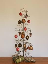 Christmas Tree Ornament Display Wire Christmas Tree Ornament Holder Uk Home Design Ideas