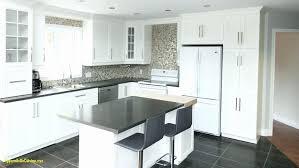 comptoir de cuisine quartz blanc impressionnant armoires de cuisine blanches avec comptoirs en