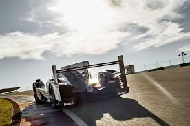 porsche 919 top view porsche 919 hybrid loses power gains aerodynamic updates for 2016