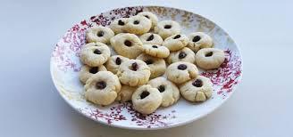 vegan baking recipes petey u0027s almond cookies inhabitots