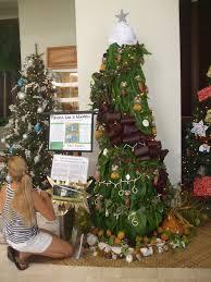 keiki on board mauna lani charity christmas tree competition