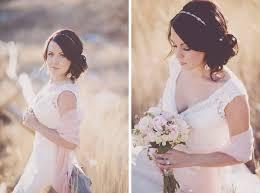 Hochsteckfrisurenen Hochzeit Mit Haarreif by Hochzeitsfrisur Für Lange Haare 60 Elegante Haarstyles