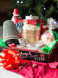 christmas gift baskets diy christmas gift baskets countryside cravings