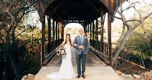 Wedding Venues In Fresno Ca Winery Weddings In The Central Valley Stellar Lense Wedding