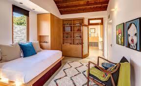 Million Dollar Bedrooms Million Dollar Decorator U0027 Kathryn M Ireland Buys Tobey Maguire U0027s