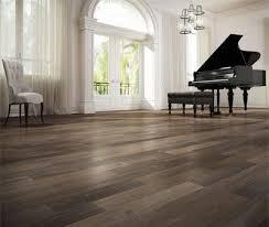 look style in hardwood floors