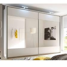 Schlafzimmerschrank Mit Tv Design Schwebetürenschrank Bronx 315cm Weiß Mit Spiegel