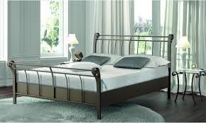fer forgé chambre coucher lit fer forgé lit en fer forgé brun chambre a coucher