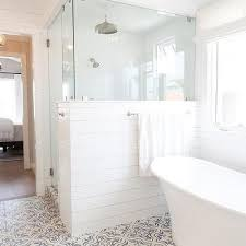 Shower Ideas For A Small Bathroom Best 25 Half Wall Shower Ideas On Pinterest Open Showers Half