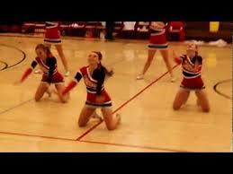 oakdale high mustangs varsity cheerleaders halftime