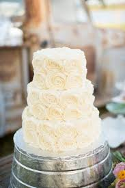 wedding cake frosting cheese wedding cakes wedding cake made with cheese