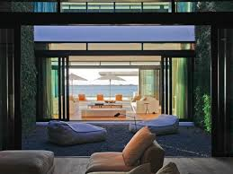 kim kardashian home interior kim kardashian climbs down a ladder at alex rodriguez u0027s house