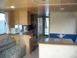 sportscruiser 440 deluxe tub houseboat rental five double beds