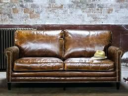 comment nettoyer un canapé en simili cuir noir entretien canape en cuir canape cuir nettoyage canape simili cuir