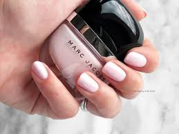 marc jacobs beauty enamored hi shine nail lacquers in white snow