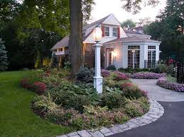 Light On Landscape Amazing 12 Front Yard Light Post Ideas On Post Flower Bed