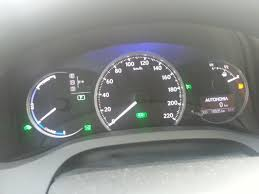 lexus ct200h km per litre tank capacity